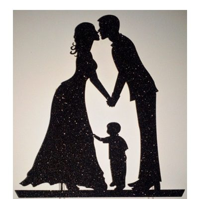 Kakunkoriste pariskunta ja lapsi